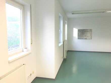Schöne Büro-/ Gewerberäume - 1,5 Räume in Hochstadt (Maintal)