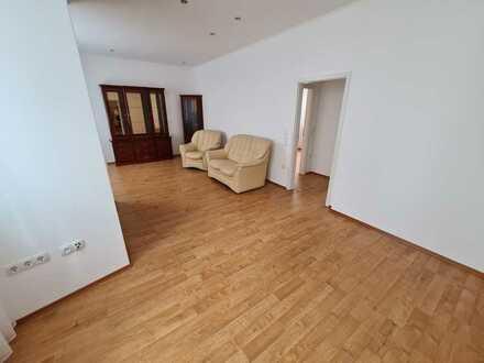 Barrierefreie, geräumige zwei Zimmer Wohnung in Mörfelden-Walldorf