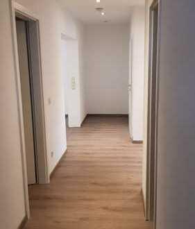 Provisionsfreie 4 Zimmer Wohnung gehobener Austtatung