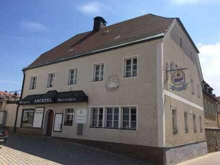 Traditionsgastwirtschaft, Wohnhaus, Wohn- u. Lagerräume Waldmünchen Zentr.