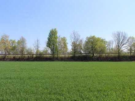 Baugenehmigtes Grundstück für Mehrfamilienhaus