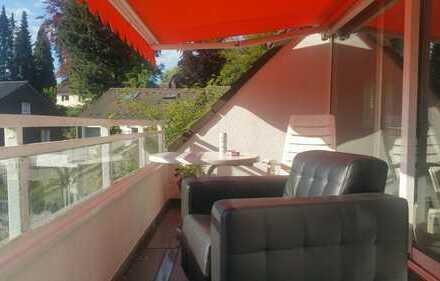 Attraktive 3-Zimmer-Maisonette-Wohnung mit Balkon und EBK in Essen