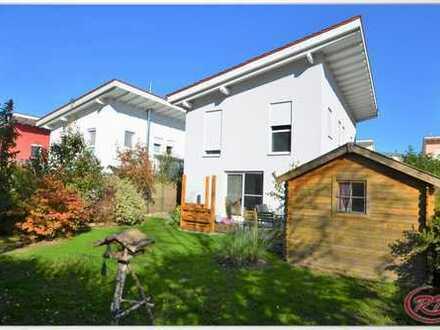 Ihr neues Zuhause in ruhiger Bahnhofsnähe! ++Robert Decker Immobilien++