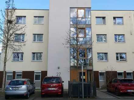Exklusive, gepflegte 3-Zimmer-Senioren-Wohnung mit Balkon, Keller, Garage und EBK in Offenburg