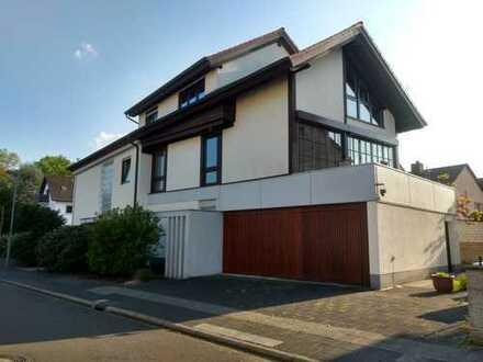 113 m² 2,5-Zimmer-Wohnung im EG mit 2 Terrassen und Garten in Mühlheim/Markwald