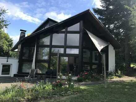 Stilvolles Architektenhaus mit großem Gartengrundstück in Elbtal-Hangenmelingen