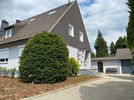 Top sanierte DHH mit großem Garten in Ratingen-Lintorf (zur Zeit reserviert!)