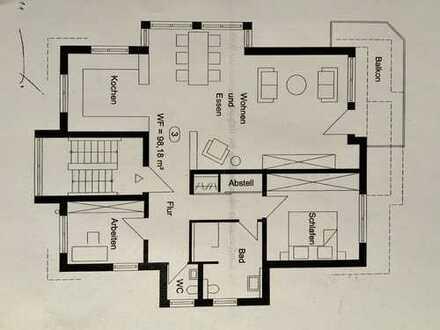 Helle 3-Zimmer-Etagenwohnung mit Balkon und TG-Stellplätzen in ruhiger Lage in WN, S-Bahn-Nähe
