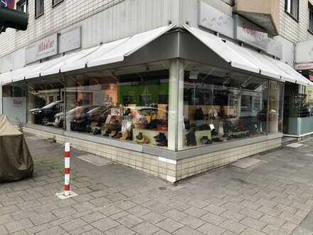 Ladenlokal in Bestlage von Köln Dellbrück zu vermieten