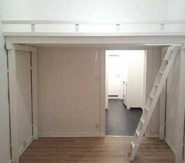 450 €, 27 m² in schönem Altbau