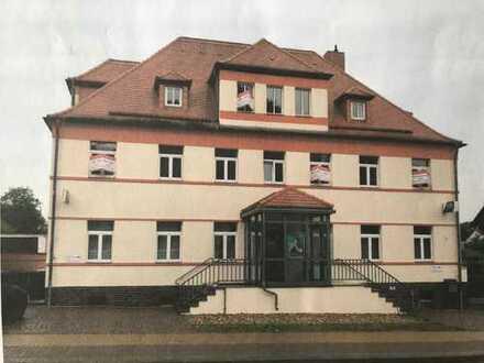 Hochwertige 2-Raumwohnung mit Balkon, Garten und PKW Stellplatz in Wanzleben