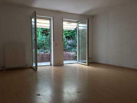 Jetzt schnell sein !!!!!!! Souterrain-Wohnung im Stil einer Erdgeschosswohnung mit Terrasse.