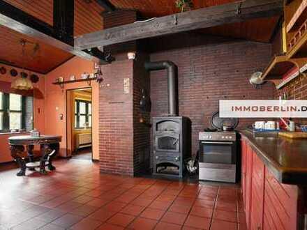 IMMOBERLIN: Stilvolles Einfamilienhaus auf Grundstücksidylle beim Golfplatz