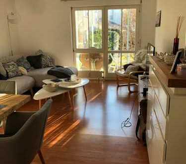 Stilvolle, gepflegte 2-Zimmer-EG-Wohnung in sonniger, ruhiger Lage in der Reutlinger Oststadt