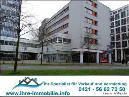 Bahnhofsvorstadt: Ladenlokal, 2 Etagen, unterirdischer Ladestraße, 2 Parkplätzen. Gewerbeklasse 2.