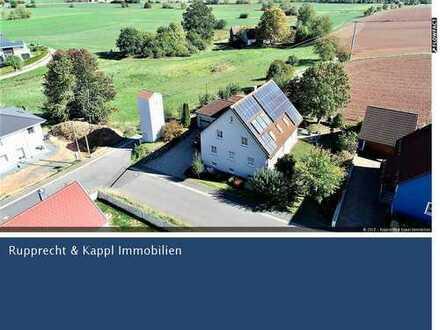 Attraktives Einfamilienhaus mit Photovoltaik, Sauna und ELW in Trebsau