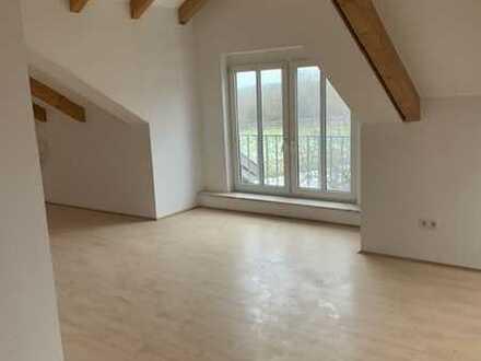 +Steinhöring+München-Ost+ Dachgeschoss, 4-5 Zimmer, 1 Bad, WG-geeignet, TG-Stellplatz