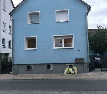 Freistehendes 1-Fam. Haus mit separaten Hinterhaus