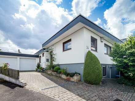 Vollständig renovierter Bungalow mit fünf Zimmern und EBK in Wernau (Neckar), Wernau