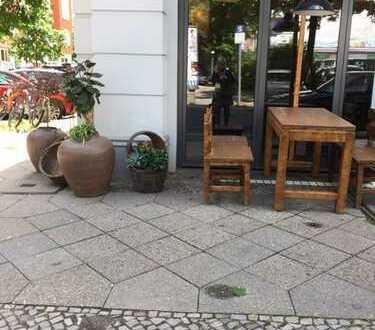 Modernisiertes Restaurant mit sicheren Mieteinnahmen im Herzen der Stadt!