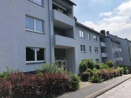 Komplett sanierte 4 Zimmer Mietwohnung mit Balkon in Wuppertal-Elberfeld