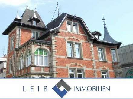 Helle 3- Zimmer- Wohnung in historischer Villa im Stadtzentrum von Coburg
