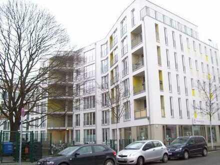 Lichtdurchflutete 2-Zimmer Wohnung im Herzen von Berlin