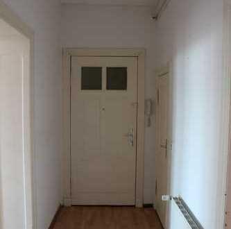 2 Raum Wohnung mit sehr guter Verkehrsanbindung