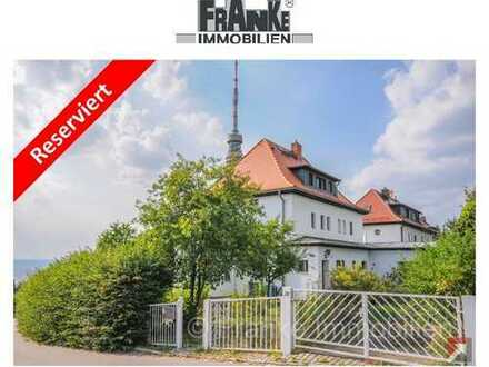 *Reserviert* - Wachwitz - großzügiges Einfamilienhaus mit Garten und Blick über Dresden