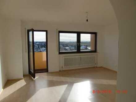 Schöne drei Zimmer Penthouse Wohnung in Königsbrunn
