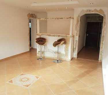 Modernisierte kleine 3-Zimmer-Wohnung mit Balkon und Einbauküche in Renningen