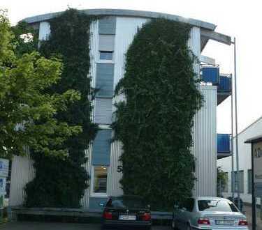 Helle Loftwohnung Nähe Stadtzentrum u Bahnhof