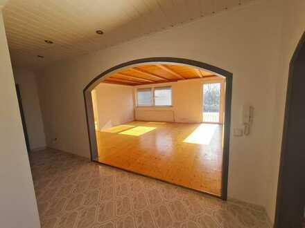 Mehrpersonenbüro mit Dachterrasse zu vermieten (87.4m²)