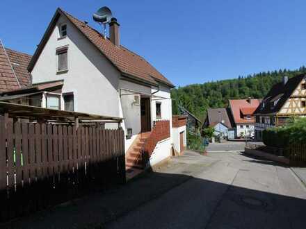charmantes Einfamilienhaus im naturnahen Würm zu verkaufen!