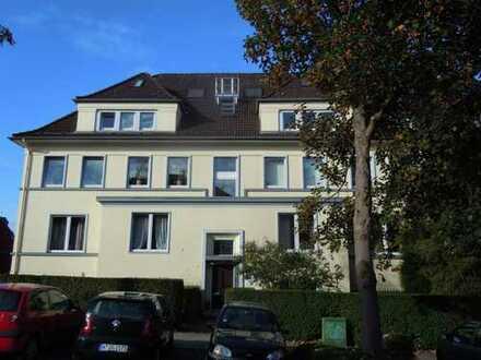 Gepflegte 4,5-Zimmer-Maisonette-Wohnung mit Dachterrasse in Essen