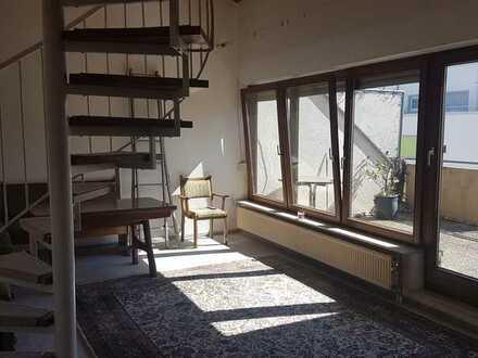 große 2-Stöckige Wohnung