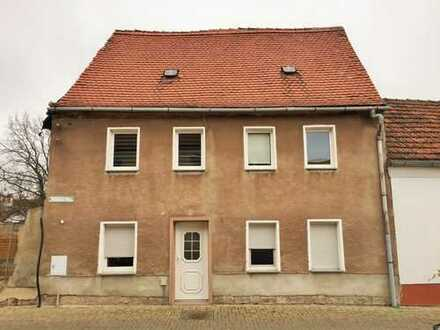 Sanierungsbedürftiges Stadthaus mit Bestandsschutz