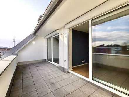 Freie Dachgeschosswohnung mit großzügiger Dachterrasse.