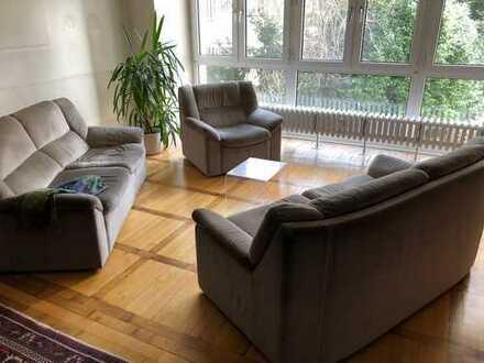 Ruhige 4-Zimmer-Wohnung in Pempelfort mit Gartenblick, erweiterbar auf 145qm