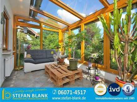 Freistehendes Einfamilienhaus am Feldrand in erstklassigem Zustand - einziehen und genießen!