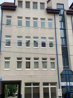 140 m² Gewerberäume für Praxis, Kanzlei oder Büro in Wohn- und Geschäftshaus in zentraler Lage