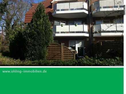 gepflegte Obergeschosswohnung mit Einbauküche und Balkon