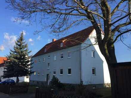 helle DG-Wohnung | ruhige Wohnlage - nur 6 Mietparteien im Haus | großer Keller
