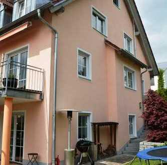 Großzügige Doppelhaushälfte mit Einbauküche, Glaskamin, Garage und Stellplatz in Pfaffenhofen!