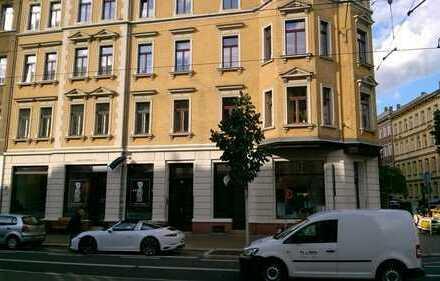 Gohlis: 4-Zimmer-Wohnung mit Küche, Bad und Balkon in stilvoll saniertem Altbau zu vermieten