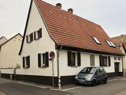 Idyllisches Einfamilienhaus mit Garten und Ausbaureserve in Ilvesheim