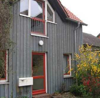 Gepflegte 4-Raum-Maisonette-Wohnung mit Terrasse in Braunschweig -Ölper