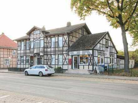 Fachwerktraum: Großzügiges Ein- bis Zweifamilienhaus mit Gewerbeeinheit in Rühen nahe Wolfsburg