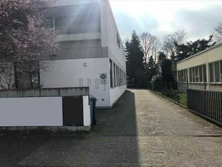 Lager-/ Werkstatt-/ Produktionsfläche mit Büro*Nähe BAB 5 und BAB 661*TEL: 069 955 1100