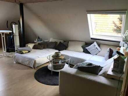 2,5 Zimmer DG-Wohnung mit Balkon in Xanten zu vermeiten